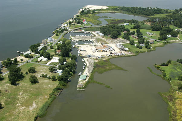 Scott's Cove Marina