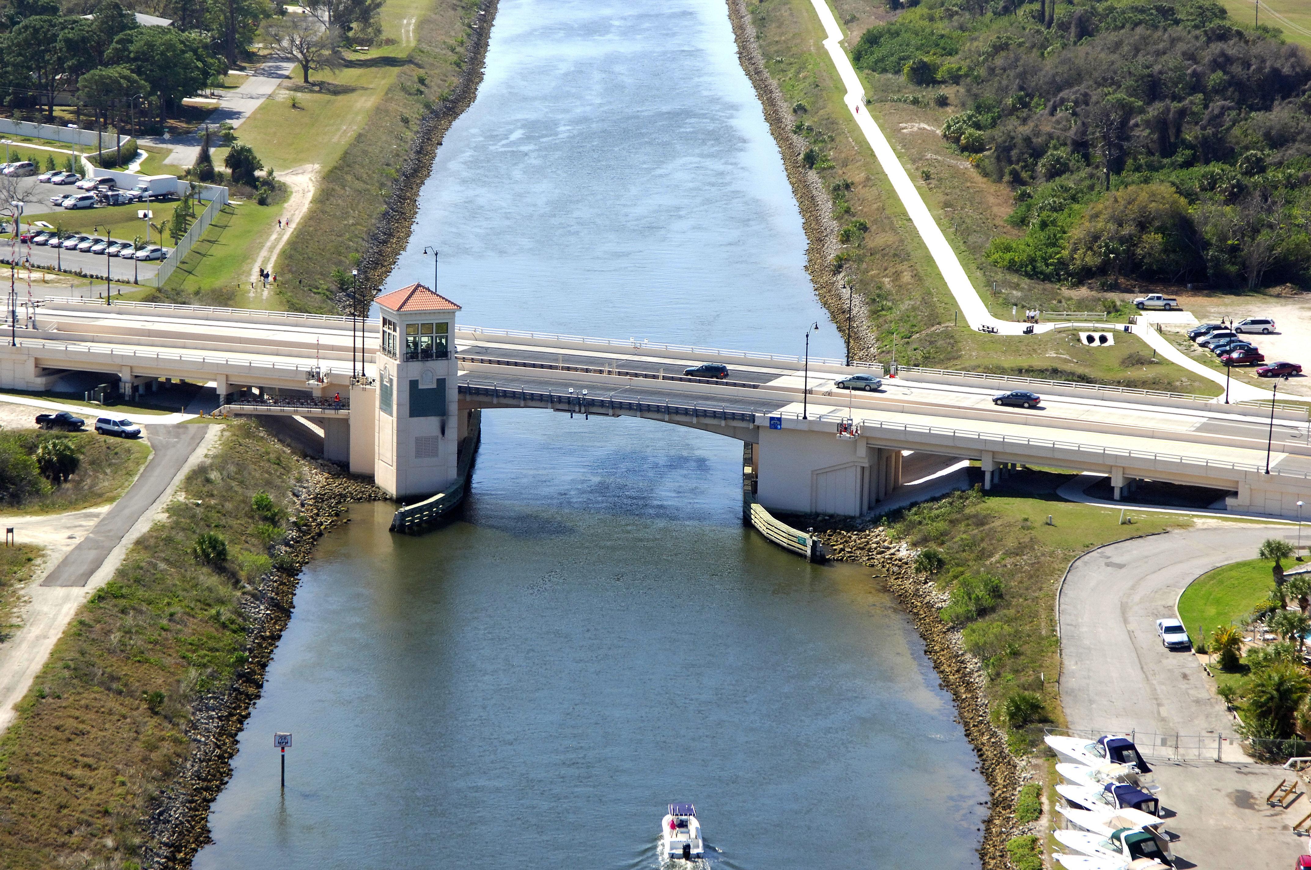 Tamiami trail bascule bridge in venice fl united states bridge tamiami trail bascule bridge nvjuhfo Choice Image