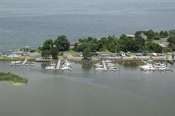 Queen Anne Marina & Silver Swan Bayside