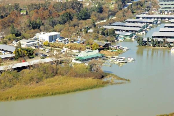 Moore's Riverboat Marina