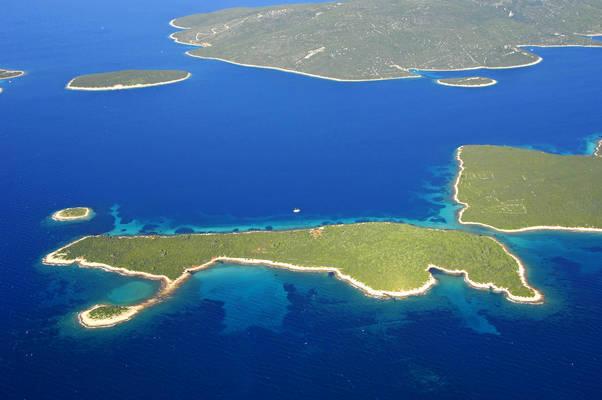 Orulje Island Marina