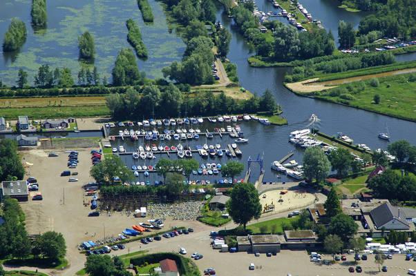 Mijnden Yacht Harbour