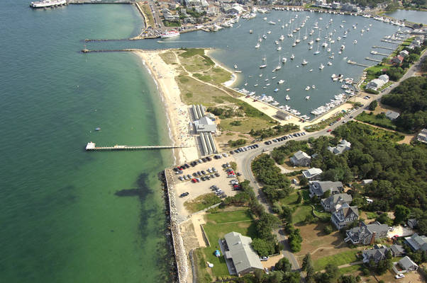 East Chop Yacht Club