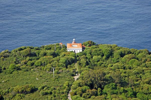 Punta San Emeterio Light