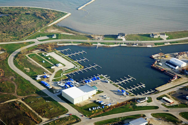 Salmon Harbor (formerly Kewaunee Inner Harbor Marina)