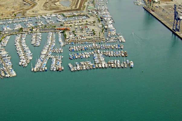 Newmark's Yacht Center