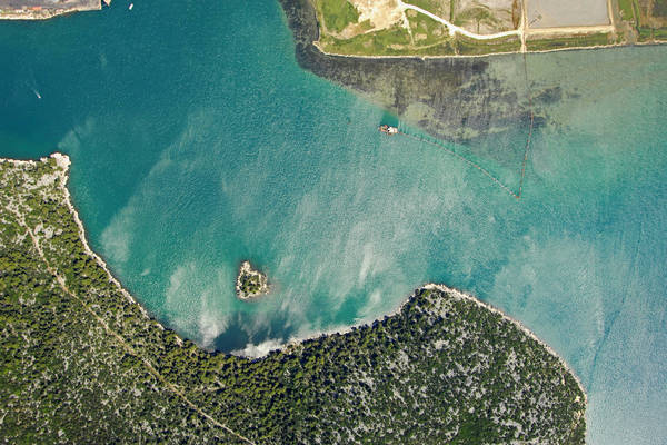 Ploce Harbor Inlet