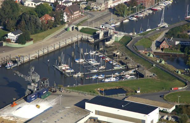 Gluck City Harbour