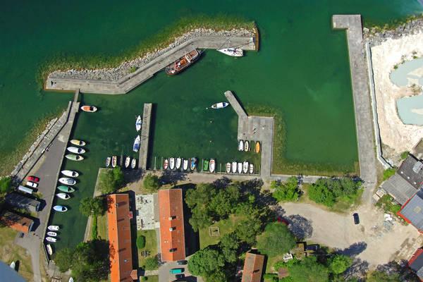 Borghamn Marina