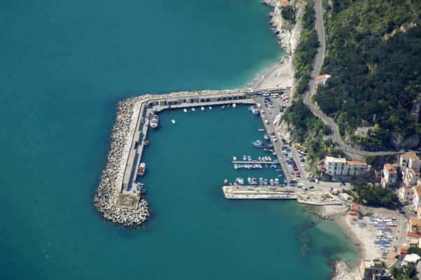 Cetara Marina