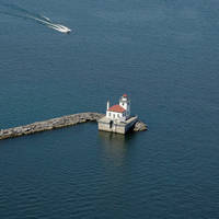 Oswego West Pierhead Light (Oswego Outer Harbor Light)