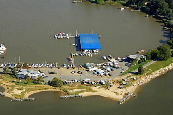 Colonial Beach Yacht Center