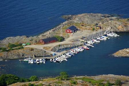 Landsort Oeja Skravleviken Marina