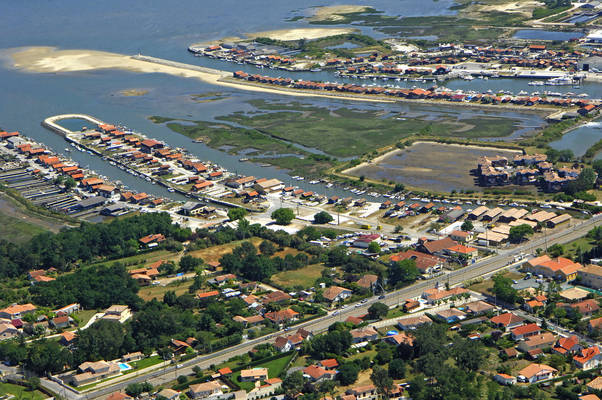Gujan Marina