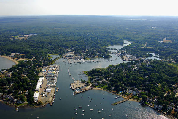 Wickford Cove Harbor