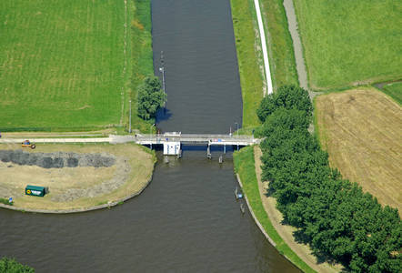 Platvoet Bridge