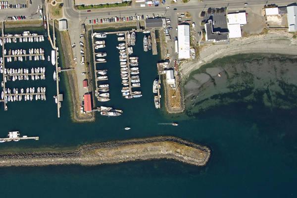 Fish 'n' Hole Fuel Dock