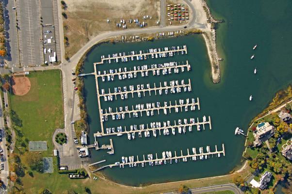 Compo Yacht Basin