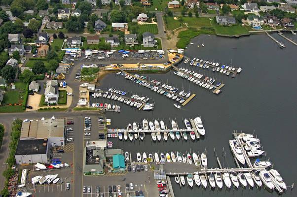 Channel Club Marina