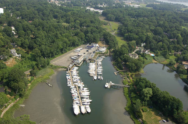 Wilson Cove Yacht Club