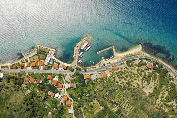 Bajnice Harbour