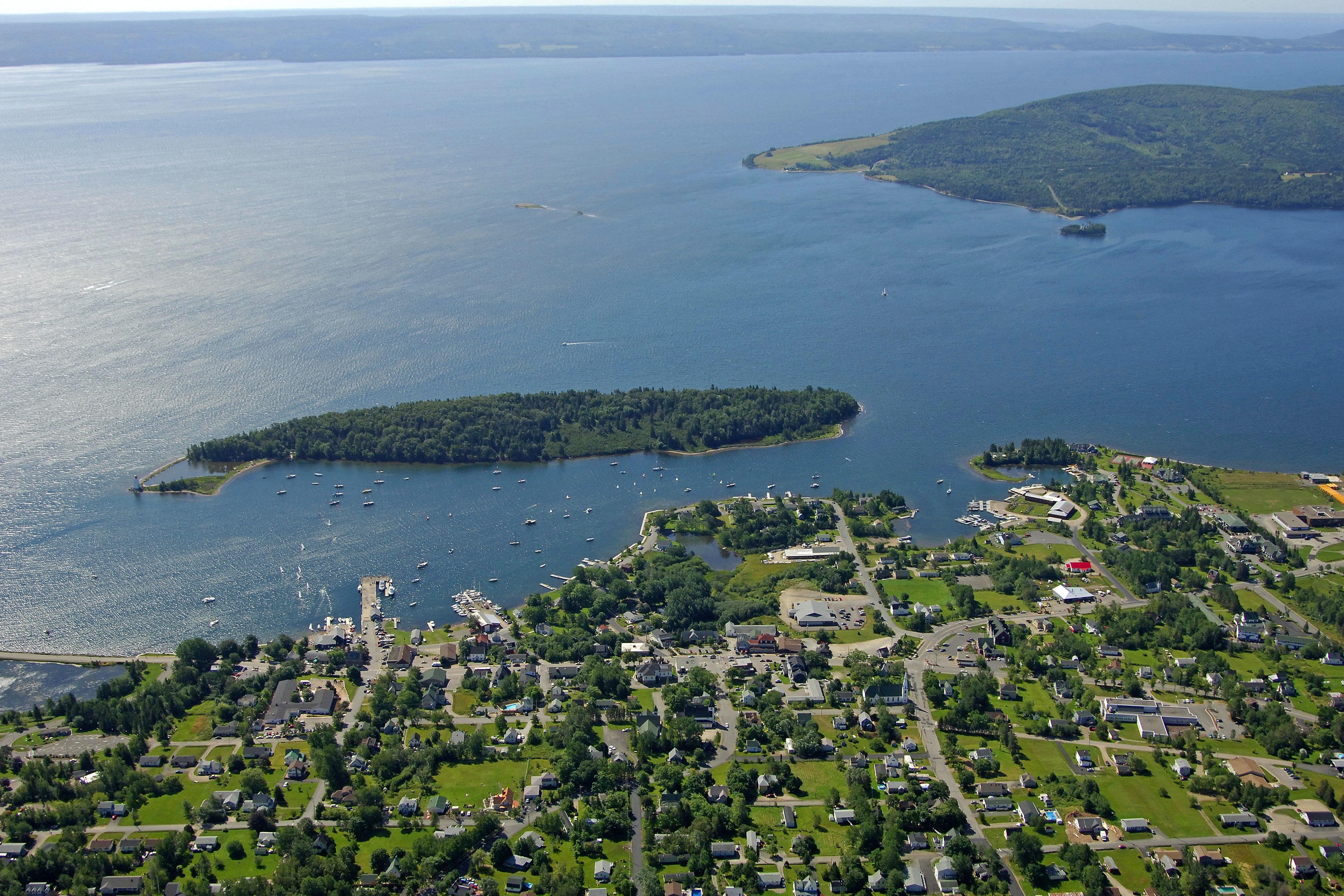 Baddeck Bay In Ns Canada Harbor Reviews Phone Number