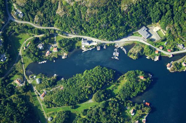 Lega Hidra Yacht Harbour
