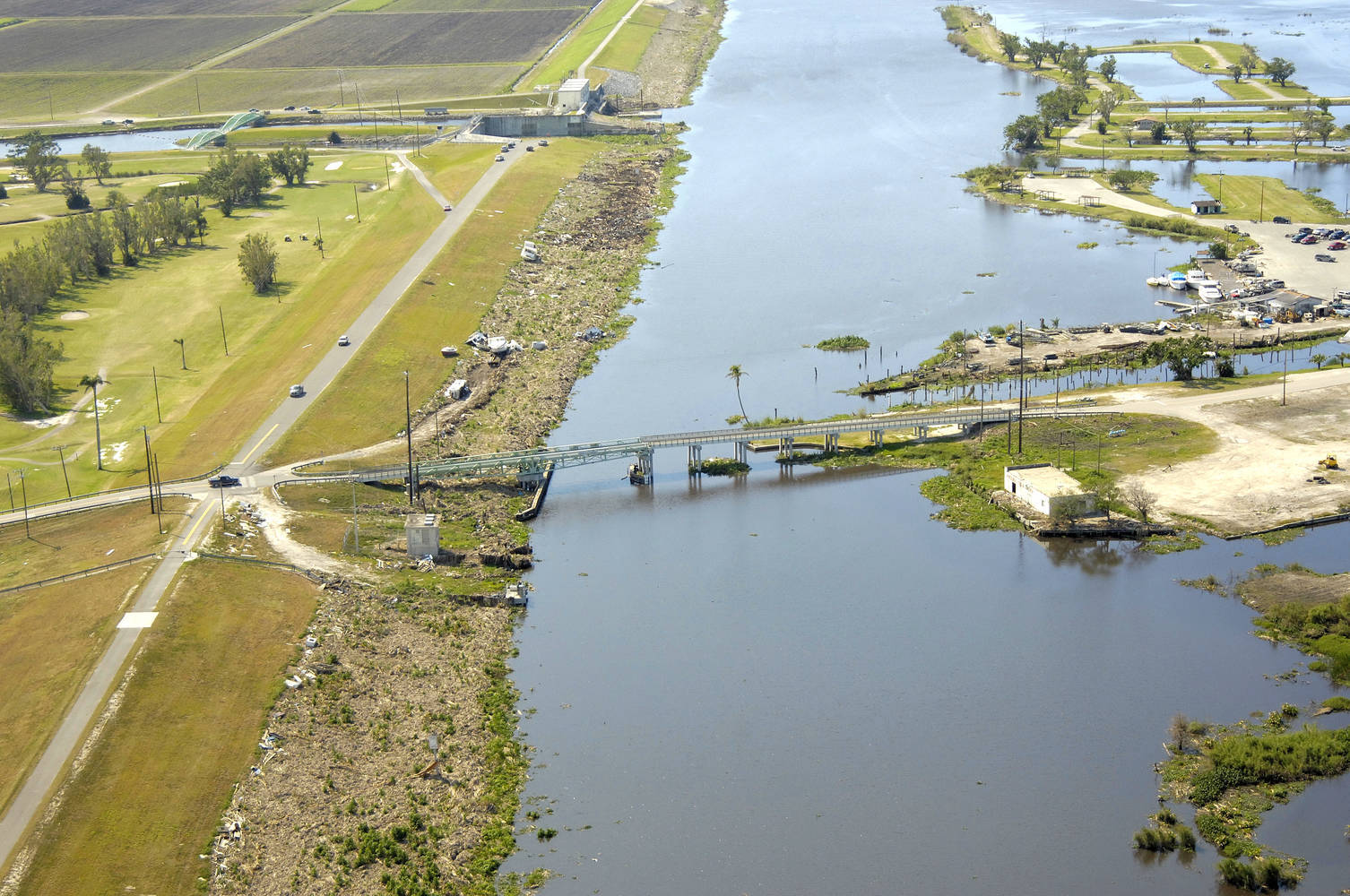 Torry Island Swing Bridge In Belle Glade Fl United States Reviews Phone Number Marinas