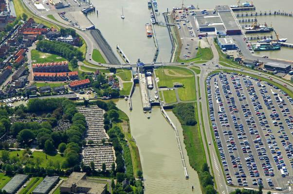 Tjerk Hiddes Sluizen Lock