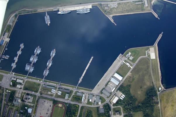 Weidefeld Harbor Marina