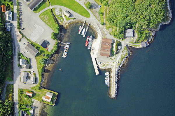 Hysnes Yacht Harbour