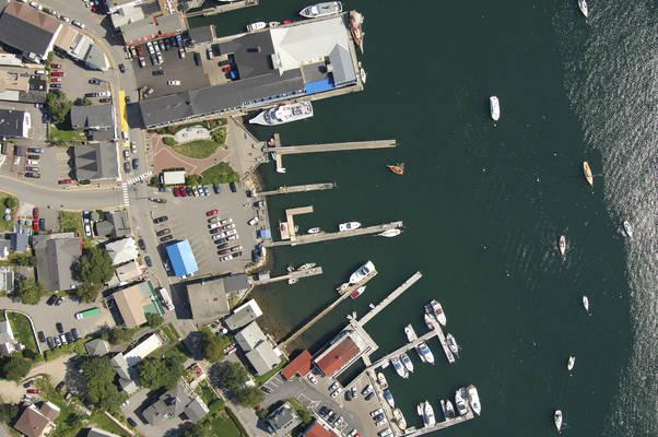 Balmy Days Cruises At Pier 8
