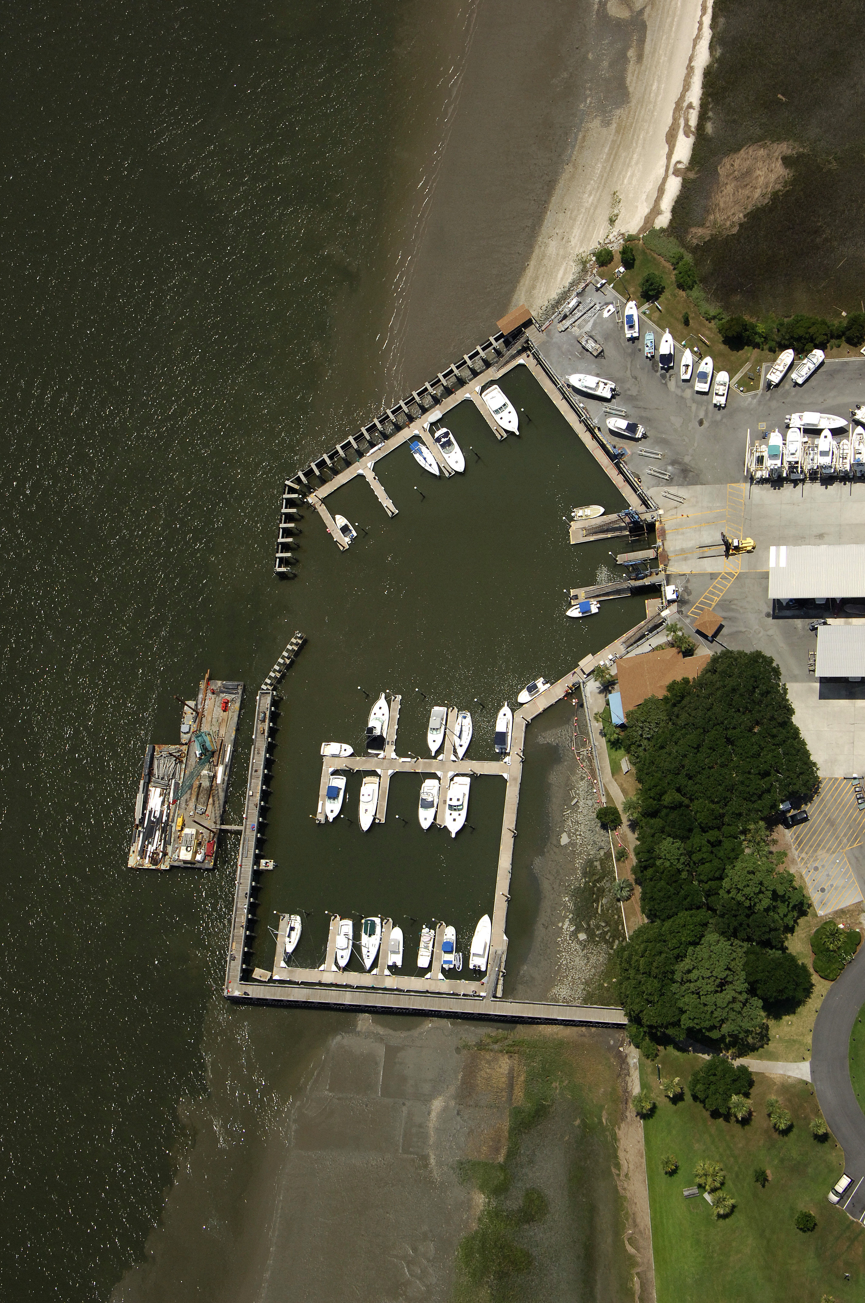 Landings harbor marina in savannah ga united states marina landings harbor marina nvjuhfo Images