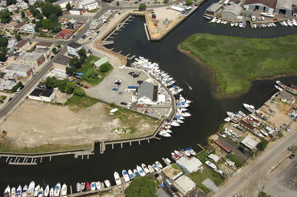 East Rockaway Yacht Club Inc
