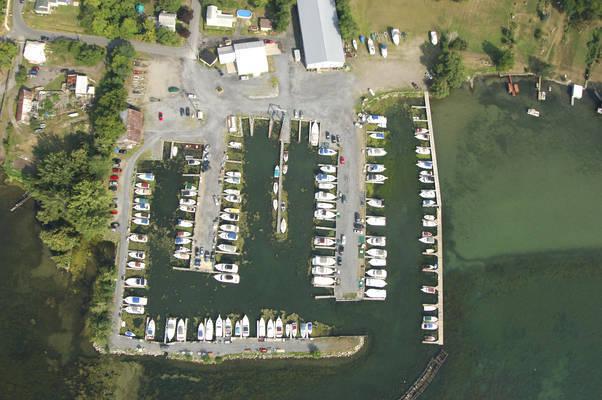 Frontenac Harbor