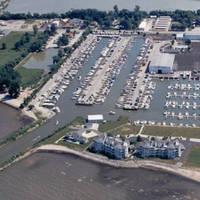 Safe Harbor Lakefront