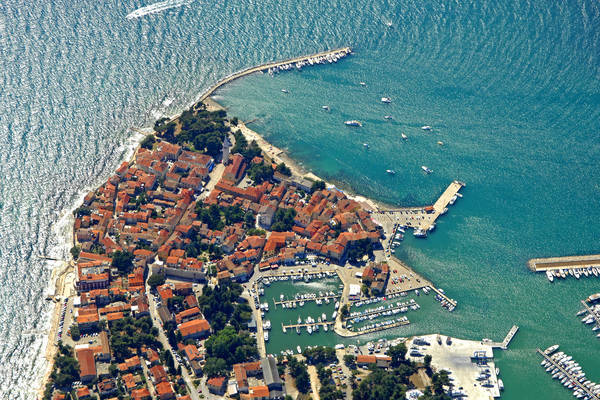 Novigrad Harbour