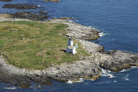 Two Bush Island Lighthouse