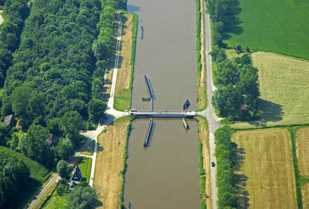Paddepoelster Bridge