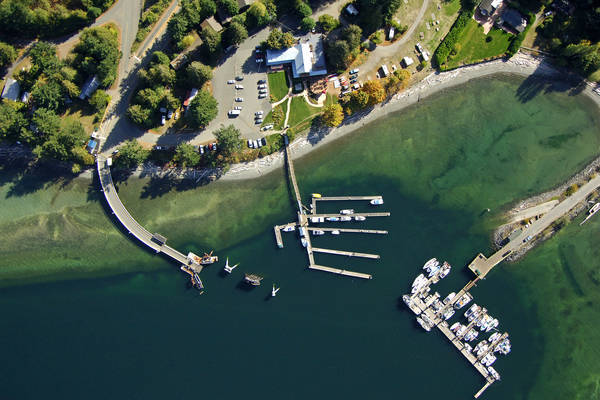 Heriot Bay Inn & Marina