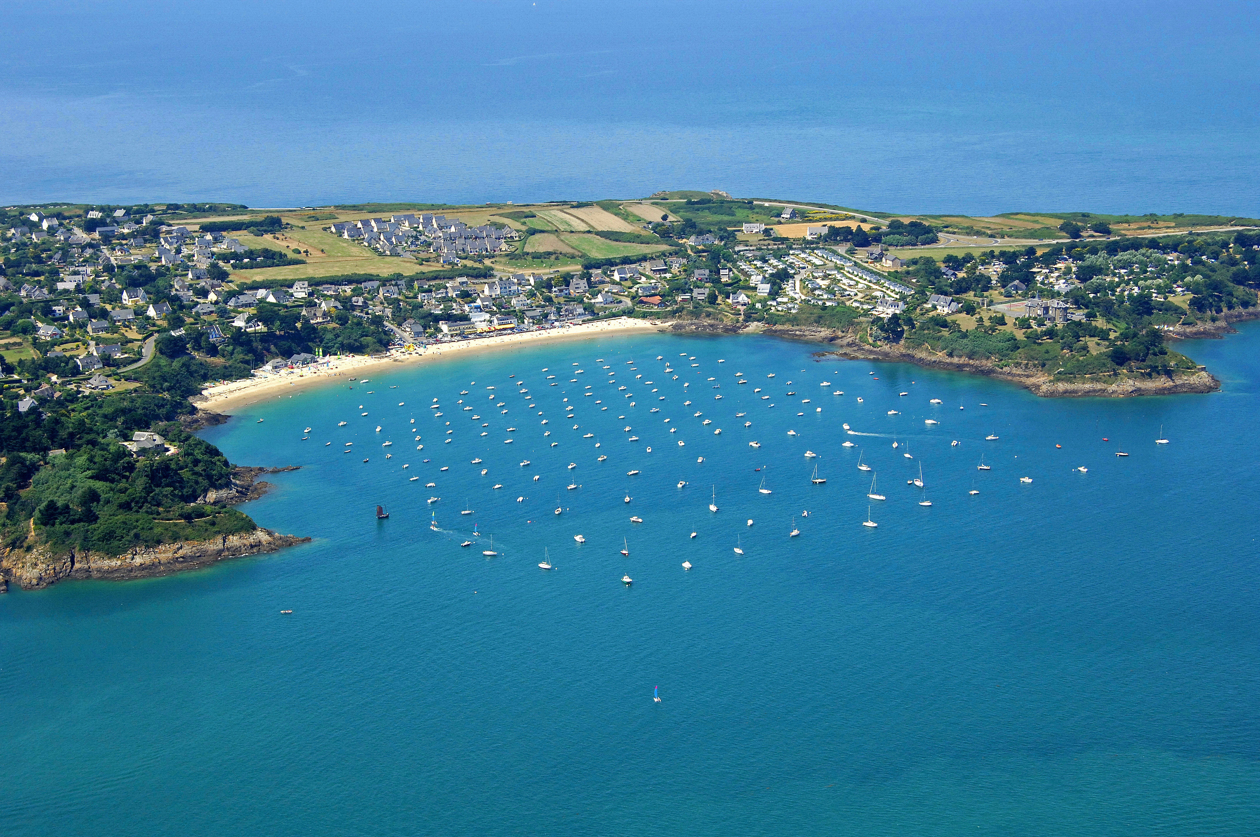 Cancale Marina in Cancale, France - Marina Reviews - Phone Number