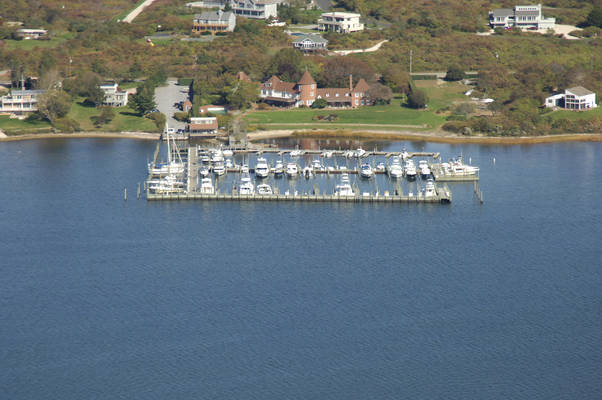 Montauk Lake Club Marina