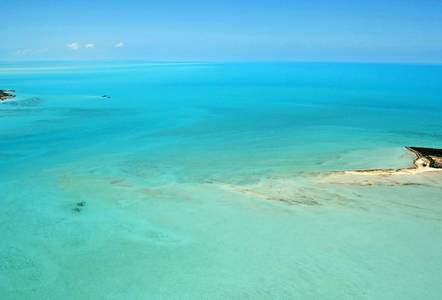 Upper Channel Cay Anchorage