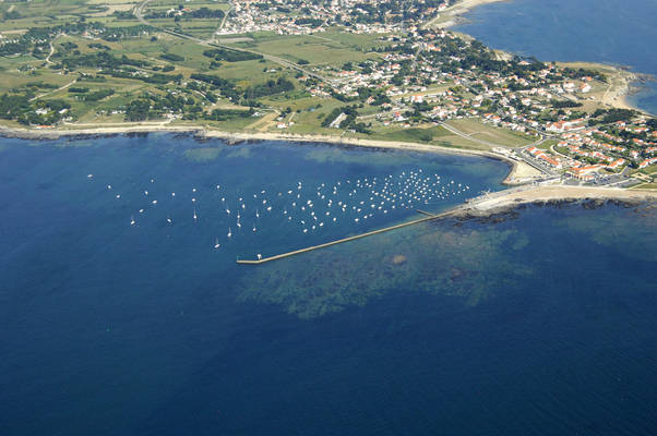 Pointe De Saint Gildas Marine Center