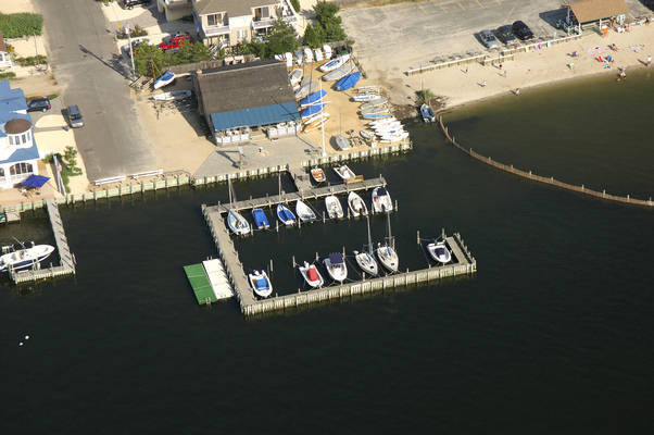 Barnegat Light Yacht Club