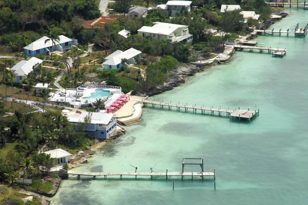 Romora Bay Resort & Marina