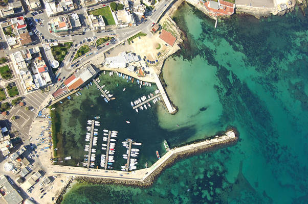 Torre A Mare Marina