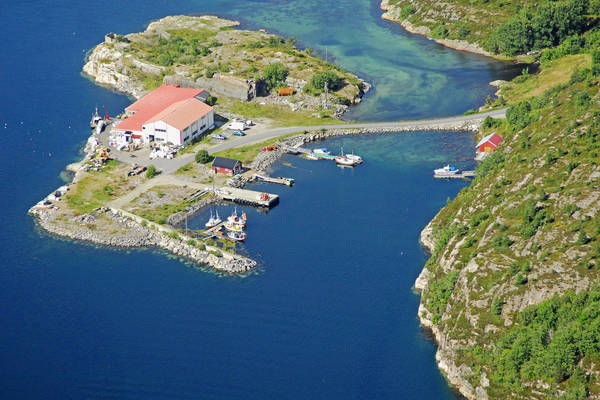 Tommervag Yacht Harbour
