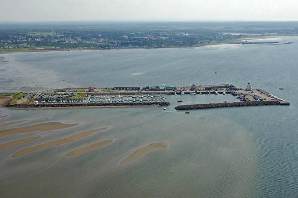 Pointe Du Chene Marina