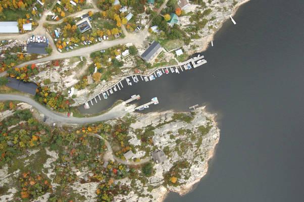 Dillon Cove Marina & Resort